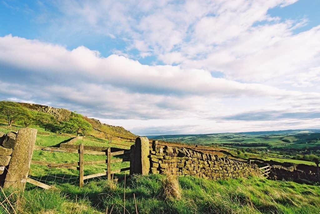 Derbyshire Curbar Edge countryside 1